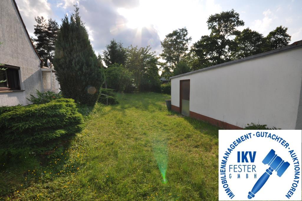 Lage Garten / Garage / Haus